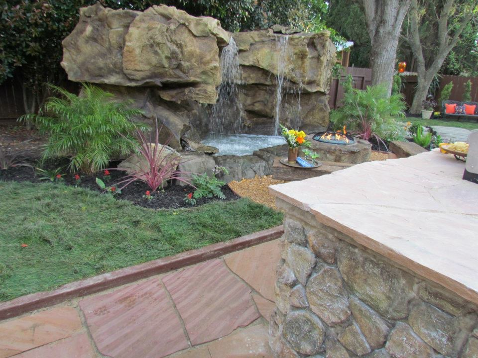 Pro Green Trees Water Feature